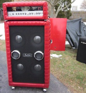Motion Sound Leslie in Kustom cabinet on top of Kustom 4x10